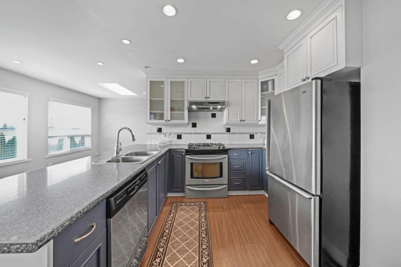Main Photo: 5478 44 Avenue in Delta: Delta Manor House for sale (Ladner)  : MLS®# R2542589