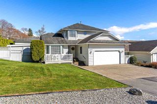 Photo 1: 6762 142 Street in Surrey: East Newton House for sale : MLS®# R2352517