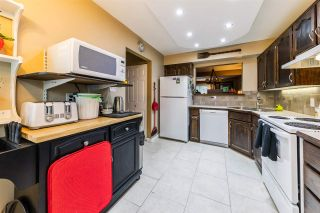 "Photo 8: 26 11580 BURNETT Street in Maple Ridge: East Central Townhouse for sale in ""Cedar Estates"" : MLS®# R2372410"