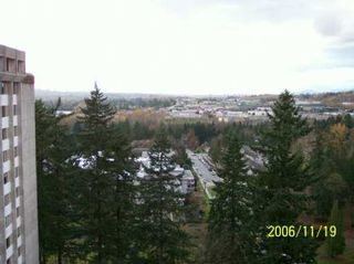 """Photo 8: 9595 ERICKSON Drive in Burnaby: Sullivan Heights Condo for sale in """"CAMERO TOWER"""" (Burnaby North)  : MLS®# V620031"""