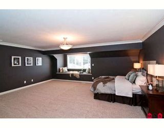 "Photo 5: 3960 KALEIGH Court in Abbotsford: Abbotsford East House for sale in ""SANDY HILL"" : MLS®# F2915507"