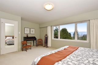 """Photo 10: 4305 LOCARNO Crescent in Vancouver: Point Grey House for sale in """"POINT GREY"""" (Vancouver West)  : MLS®# R2029237"""