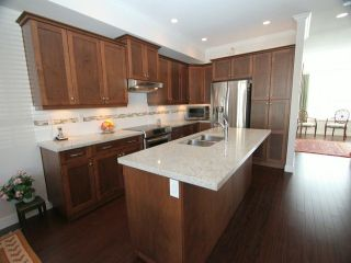 Photo 3: # 44 7848 170TH ST in Surrey: Fleetwood Tynehead Townhouse for sale : MLS®# F1421836