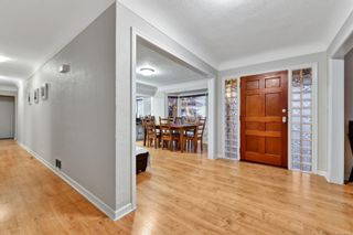 Photo 12: 5036 Lochside Dr in : SE Cordova Bay House for sale (Saanich East)  : MLS®# 858478