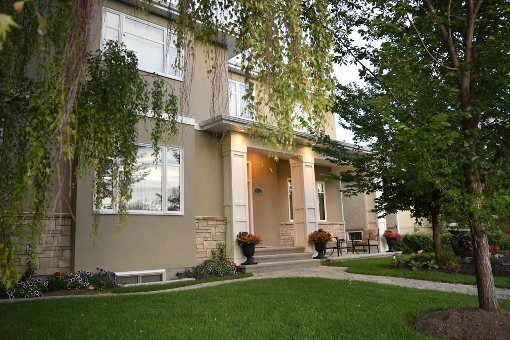 Main Photo: 2832 25A Street SW in Calgary: Richmond Detached for sale : MLS®# A1060922