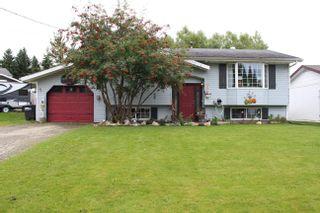Photo 1: 330 CROOKED RIVER Crescent in Mackenzie: Mackenzie -Town House for sale (Mackenzie (Zone 69))  : MLS®# R2616474