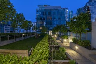 Photo 9: 305 1477 Pender Street in Vancouver: Coal Harbour Condo for rent ()