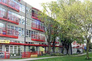 Photo 1: 222 350 E 2ND Avenue in Vancouver: Mount Pleasant VE Condo for sale (Vancouver East)  : MLS®# R2152124