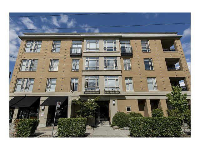 """Main Photo: 105 205 E 10TH Avenue in Vancouver: Mount Pleasant VE Condo for sale in """"The Hub"""" (Vancouver East)  : MLS®# V1082695"""