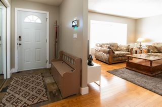 Photo 3: 132 Silver Springs Green NW in Calgary: Silver Springs Detached for sale : MLS®# A1082395