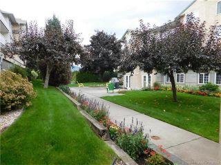 Photo 2: 202 251 Southeast 6 Street in Salmon Arm: MacIntosh Grove House for sale (SE Salmon Arm)  : MLS®# 10142354
