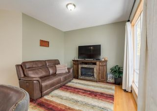 Photo 7: 7 River Rock Place SE in Calgary: Riverbend Detached for sale : MLS®# A1152980