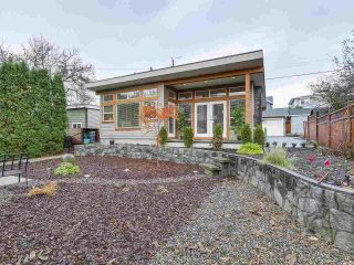 Photo 14: 658 E 4TH STREET in North Vancouver: Queensbury House for sale : MLS®# R2222993