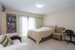 Photo 12: 6571 YEATS Crescent in Richmond: Woodwards House for sale : MLS®# R2324655