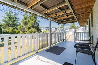 Photo 20: 5873 172A Street in Surrey: Cloverdale BC 1/2 Duplex for sale (Cloverdale)  : MLS®# R2497442