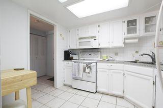 Photo 3: 104 1480 FOSTER Street: White Rock Condo for sale (South Surrey White Rock)  : MLS®# R2446648