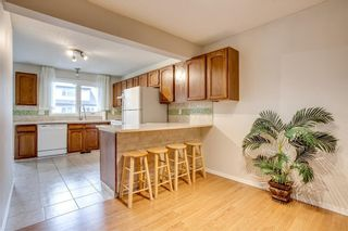 Photo 8: 31 1012 RANCHLANDS Boulevard NW in Calgary: Ranchlands House for sale : MLS®# C4117737
