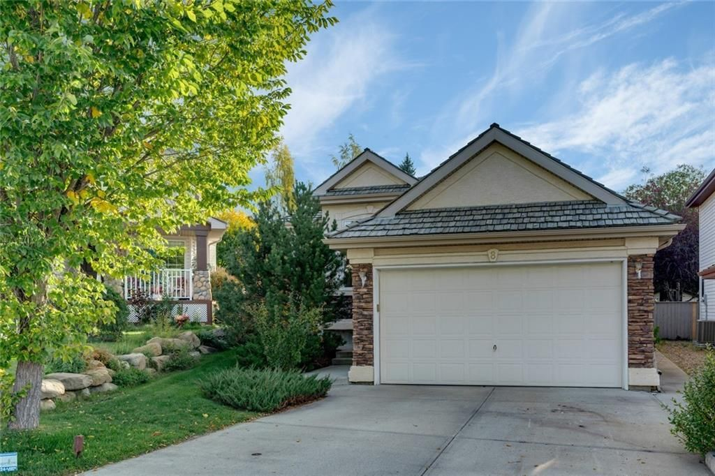 Main Photo: 8 SPRINGBANK Court SW in Calgary: Springbank Hill Detached for sale : MLS®# C4270134