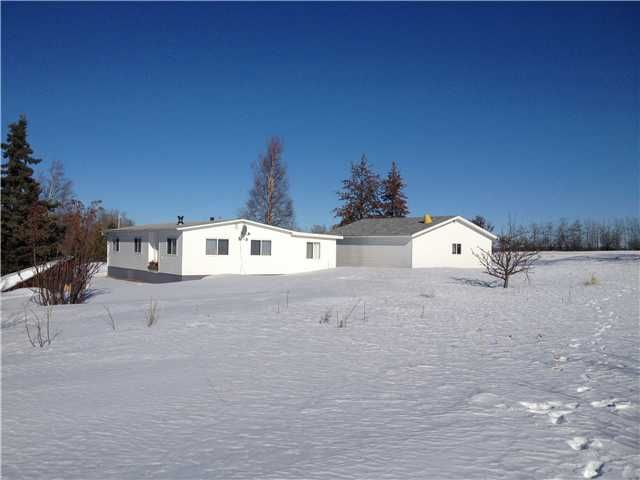 Main Photo: 13011 MARK Avenue in Charlie Lake: Lakeshore Manufactured Home for sale (Fort St. John (Zone 60))  : MLS®# N225122