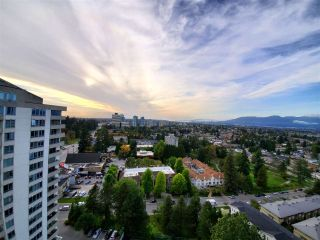 """Photo 8: 2102 4160 SARDIS Street in Burnaby: Central Park BS Condo for sale in """"CENTRAL PARK PLACE"""" (Burnaby South)  : MLS®# R2409253"""