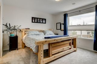 Photo 6: 143 COUGARSTONE Garden SW in Calgary: Cougar Ridge Detached for sale : MLS®# C4295738