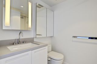"""Photo 14: 1806 188 KEEFER Street in Vancouver: Downtown VE Condo for sale in """"188 KEEFER"""" (Vancouver East)  : MLS®# R2568354"""