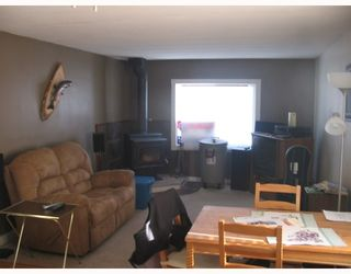 "Photo 5: 55 1561 KITSUL Road in McLeese_Lake: McLeese Lake Manufactured Home for sale in ""MCLEESE LAKE ACRES MHP"" (Williams Lake (Zone 27))  : MLS®# N189301"