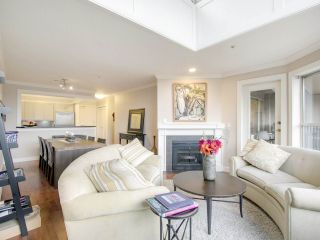 """Photo 7: 408 525 WHEELHOUSE Square in Vancouver: False Creek Condo for sale in """"HENLEY COURT"""" (Vancouver West)  : MLS®# R2123953"""