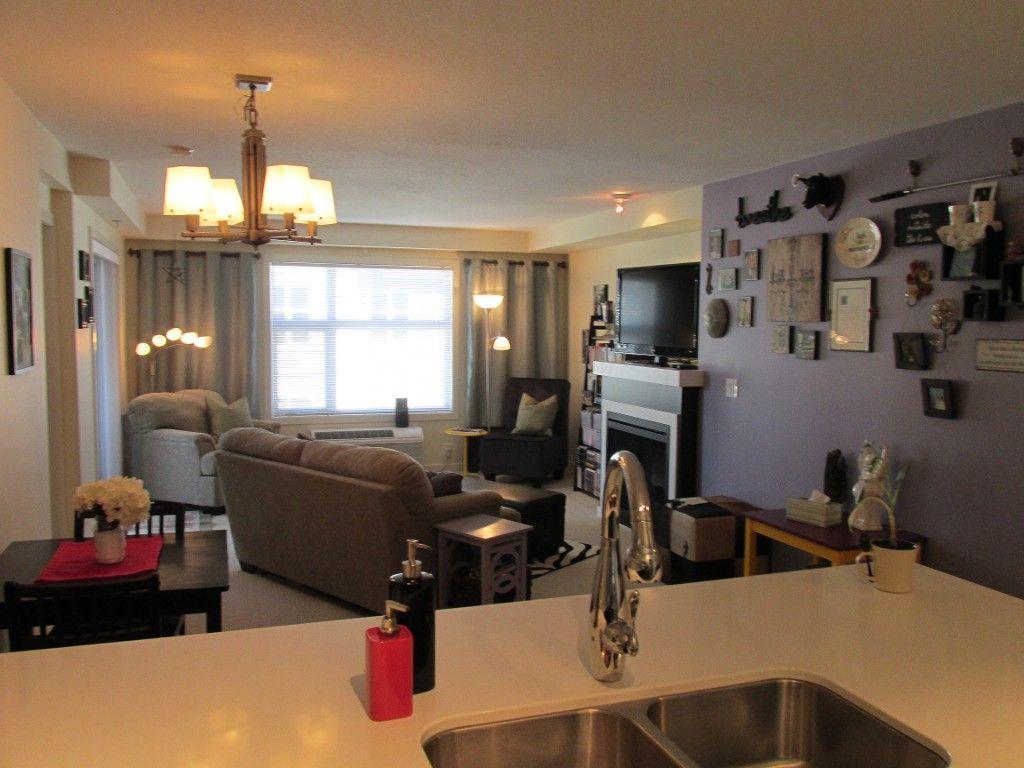 Photo 6: Photos: 403-533 Yates Rd in Kelowna: North Glenmore Condo for sale : MLS®#  10087726
