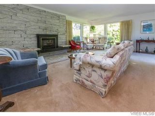 Photo 5: 829 Leota Pl in VICTORIA: SE Cordova Bay House for sale (Saanich East)  : MLS®# 742454