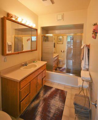 Photo 18: 4760 SINCLAIR BAY Road in Garden Bay: Pender Harbour Egmont House for sale (Sunshine Coast)  : MLS®# R2607231