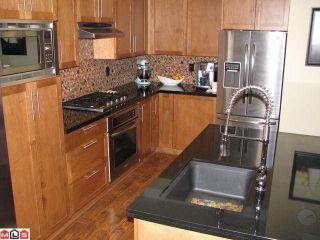Photo 2: 73 3009 156TH Street in Surrey: Grandview Surrey Condo for sale (South Surrey White Rock)  : MLS®# F1225648