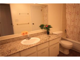 """Photo 8: 216 7377 SALISBURY Avenue in Burnaby: Highgate Condo for sale in """"THE BERESFORD"""" (Burnaby South)  : MLS®# V895083"""