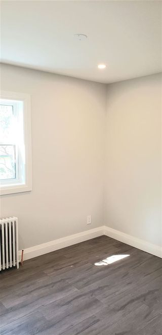 Photo 6: Apt 5 22 S Peter Street in Mississauga: Port Credit House (Apartment) for lease : MLS®# W5355230