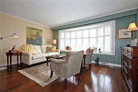 Photo 12: Photos: 22 Broadlands Boulevard in Toronto: Parkwoods-Donalda House (Bungalow) for sale (Toronto C13)  : MLS®# C3147639