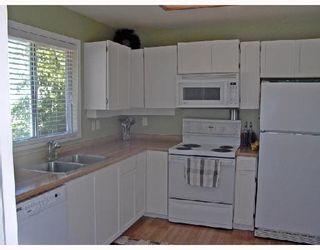 Photo 3: 20190 STANTON Avenue in Maple_Ridge: Southwest Maple Ridge House for sale (Maple Ridge)  : MLS®# V658220