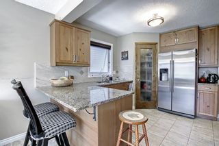 Photo 11: 690 Coventry Drive NE in Calgary: Coventry Hills Detached for sale : MLS®# A1144228