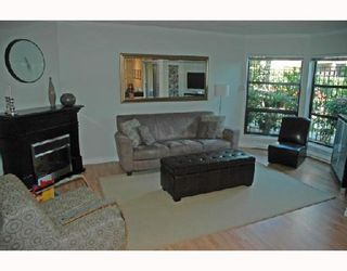 """Photo 2: 211 1106 PACIFIC Street in Vancouver: West End VW Condo for sale in """"WESTGATE LANDING"""" (Vancouver West)  : MLS®# V755168"""