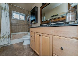 Photo 15: 17924 SHANNON Place in Surrey: Cloverdale BC House for sale (Cloverdale)  : MLS®# R2176477