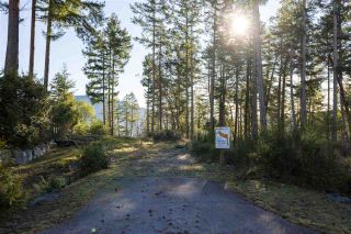 "Photo 2: Lot 14 FLAGSHIP Road in Garden Bay: Pender Harbour Egmont Land for sale in ""Pender Harbour Landing"" (Sunshine Coast)  : MLS®# R2335732"