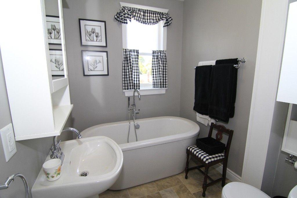 Photo 37: Photos: 470 Clifton Street in Winnipeg: Wolseley Single Family Detached for sale (West Winnipeg)  : MLS®# 1314152