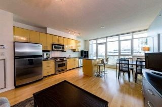 "Photo 2: 610 100 E ESPLANADE in North Vancouver: Lower Lonsdale Condo for sale in ""LANDING AT THE PIER"" : MLS®# R2561680"