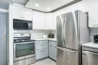 """Photo 4: 1603 939 HOMER Street in Vancouver: Yaletown Condo for sale in """"The Pinnacle"""" (Vancouver West)  : MLS®# R2620310"""