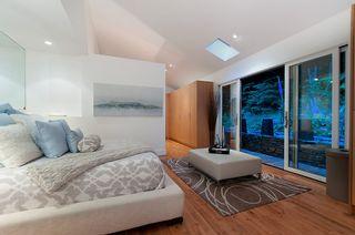 Photo 15: 3985 BAYRIDGE Avenue in West Vancouver: Bayridge House for sale : MLS®# R2546277