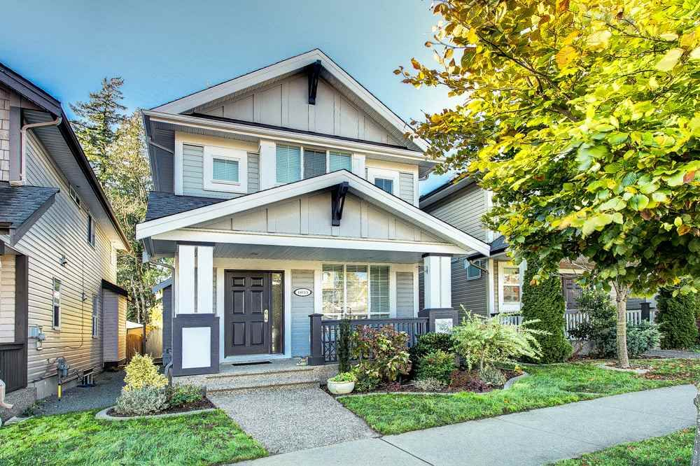 Main Photo: 6033 164 Street in Surrey: Cloverdale BC House for sale (Cloverdale)  : MLS®# R2523965