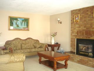 Photo 5: 8963 CRICHTON DR in Surrey: Bear Creek Green Timbers House for sale : MLS®# F1307032
