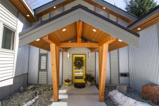 Photo 2: 8346 RAINBOW Drive in Whistler: Alpine Meadows House for sale : MLS®# R2567685