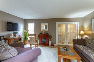 Photo 3: 866 PINEBROOK Place in Coquitlam: Meadow Brook House for sale : MLS®# R2578053