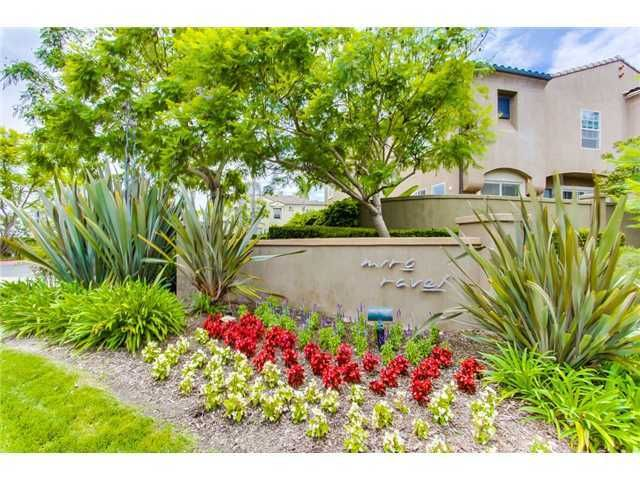 Photo 2: Photos: SCRIPPS RANCH Townhouse for sale : 3 bedrooms : 11821 Miro Circle in San Diego