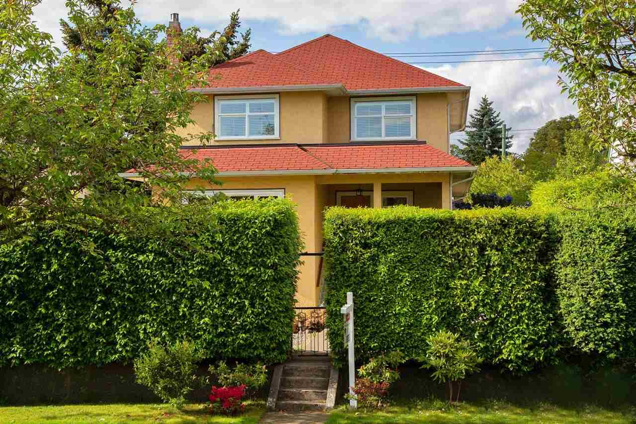 Main Photo: 2385 W 16TH Avenue in Vancouver: Kitsilano House for sale (Vancouver West)  : MLS®# R2458090
